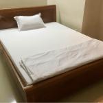 ベトナムIT留学のホテルの部屋の中のベッド