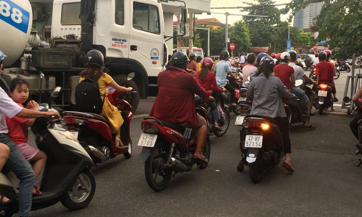 ベトナムIT留学WEEKLY IT CAMPの帰り道の渋滞