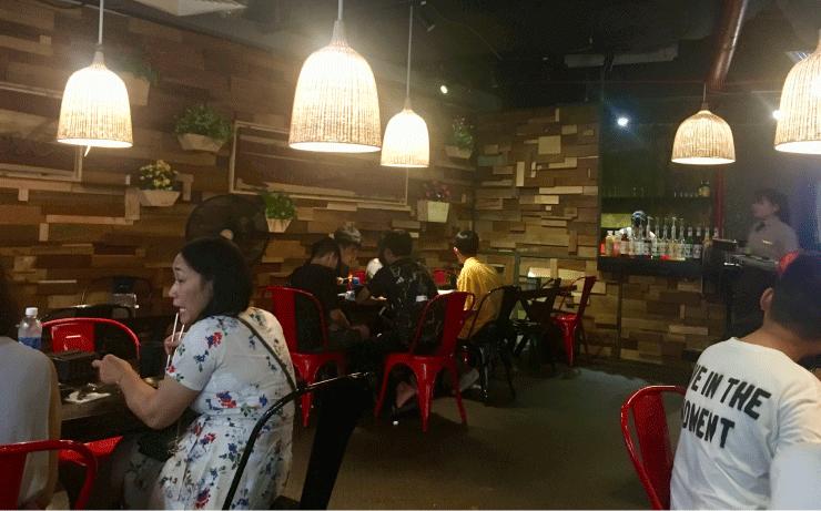 ベトナム、ダナンのVINCOMプラザ(ビンコムプラザ)の4階にある韓国料理屋